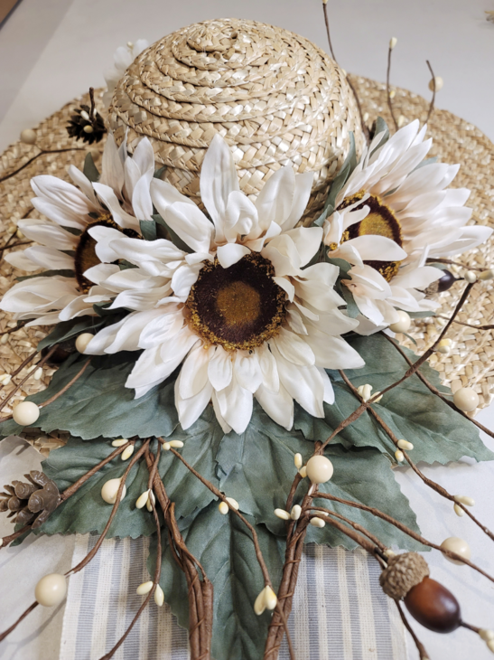 Hat with 3 sunflowers